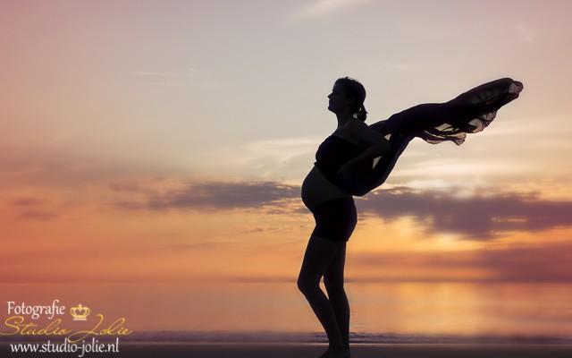 zwangerschapsfotoreportage buiten