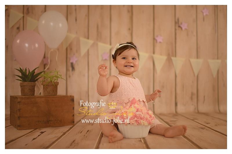 Magnifiek fotoshoot 1 jaar-Fotografie studio jolie Cakesmash fotoshoot #YR78