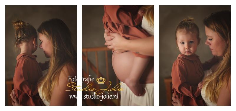 zwangerschapsshoot studio met kind.jpg