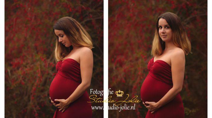Zwangerschapsfotoshoot bos