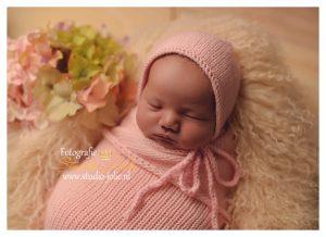 newborn fotoshoot roze wolk